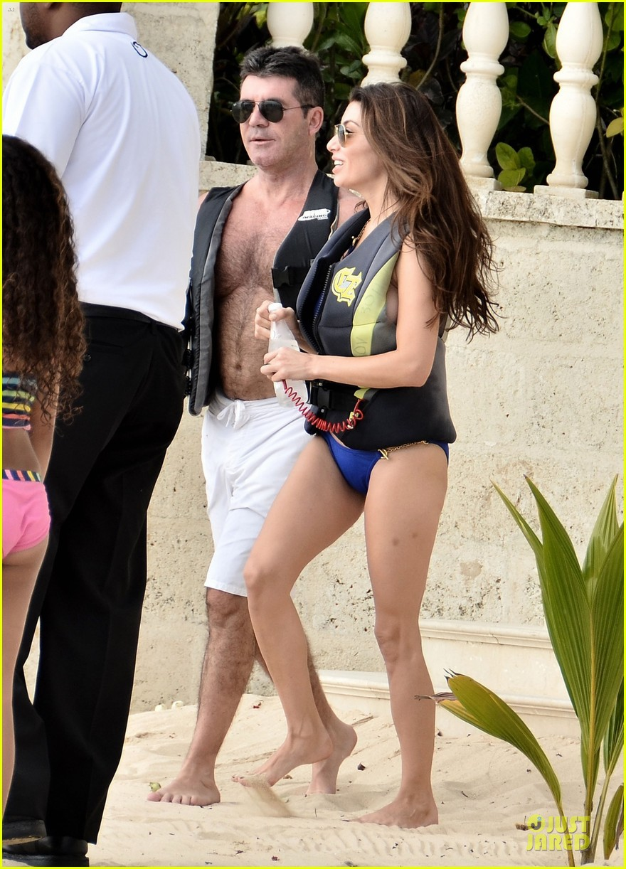 simon cowell shirtless new years eve with mezhgan huissany 01