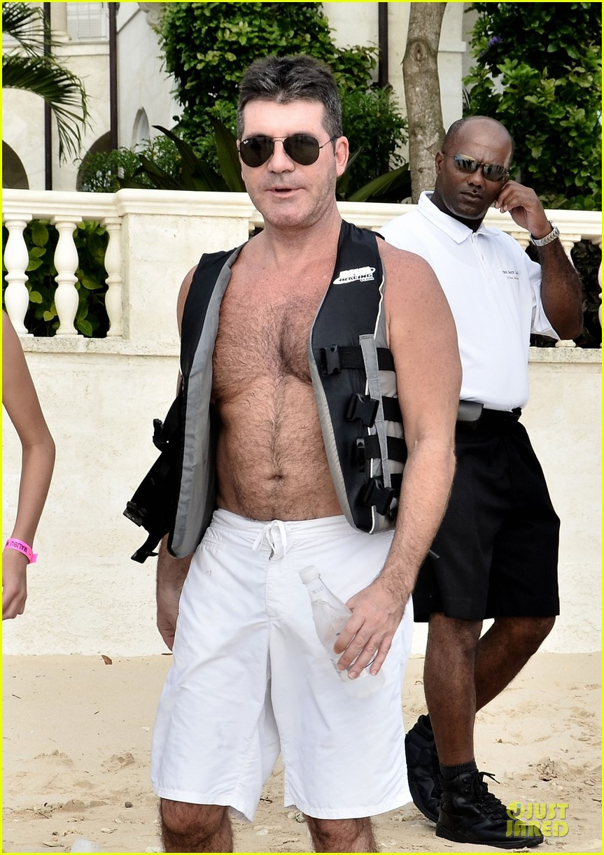 simon cowell shirtless new years eve with mezhgan huissany 04