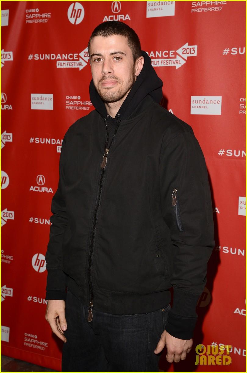 alexander skarsgard brit marling the east sundance premiere 04