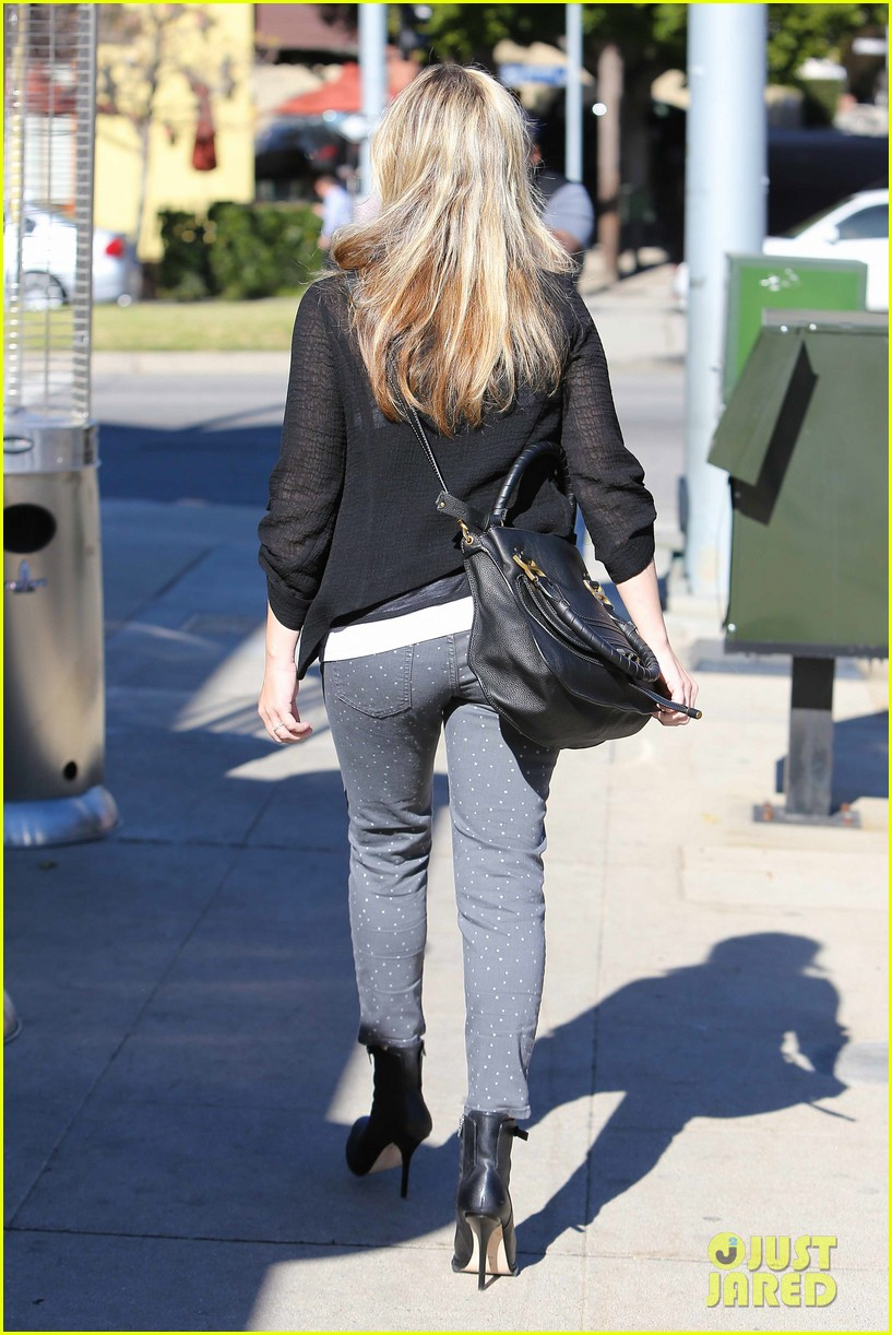 sarah michelle gellar tavern thursday lunch 19