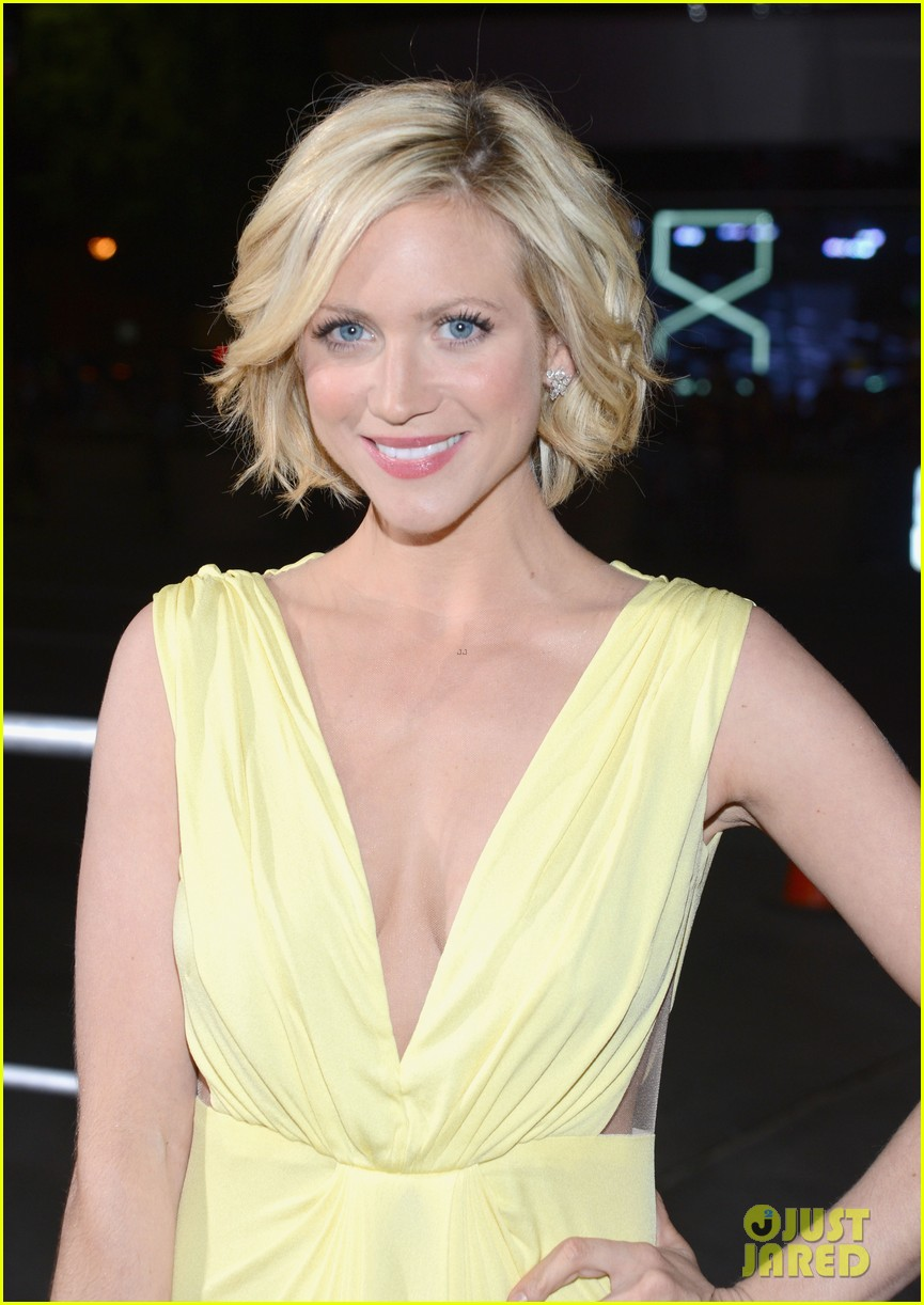brittany snow peoples choice 2013 06