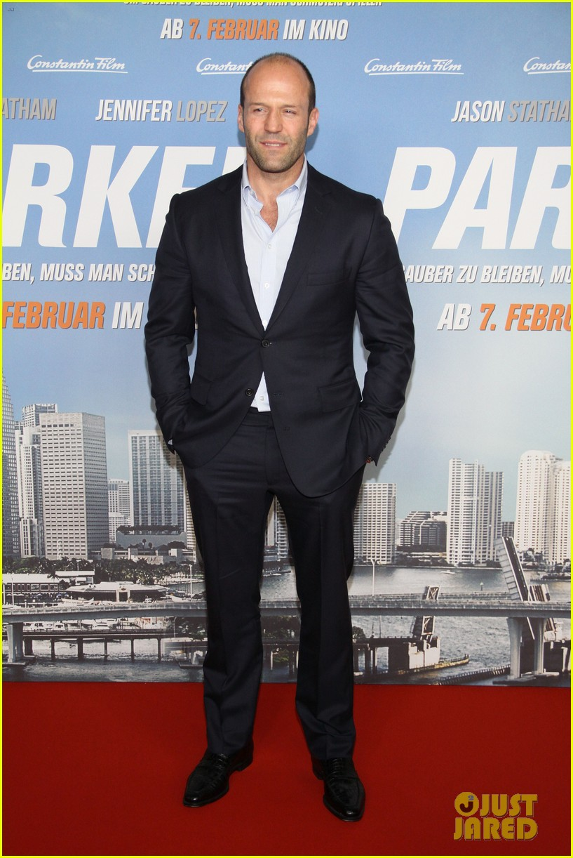 jason statham parker berlin moscow premieres 012801599