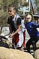 gwen stefani gavin rossdale runyon canyon kids 44