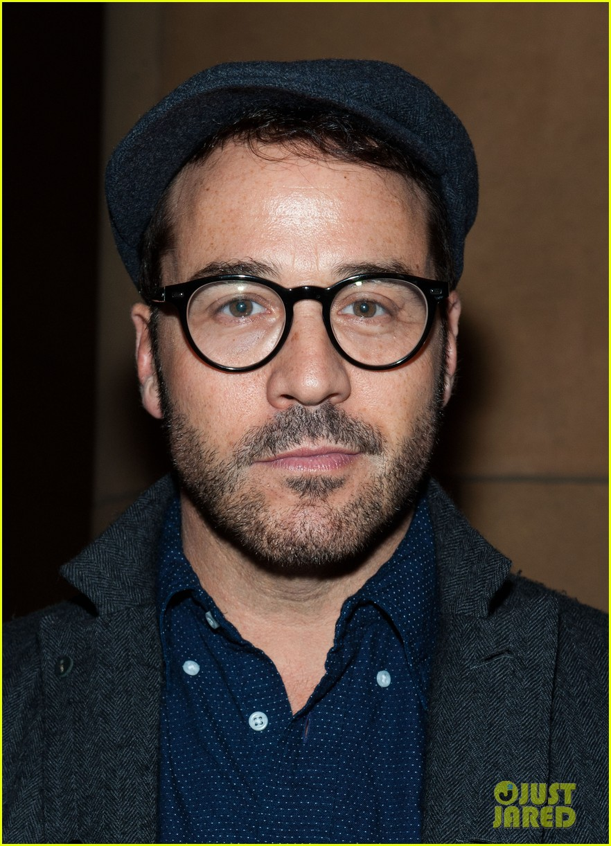 jessica szohr jeremy piven beware of mr baker screening 022797791