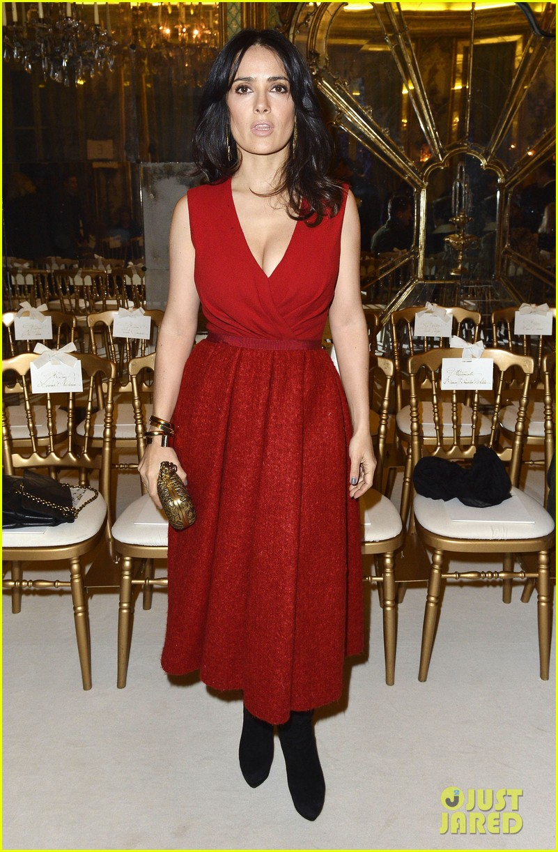 salma hayek dita von teese paris fashion week ladies 012796535