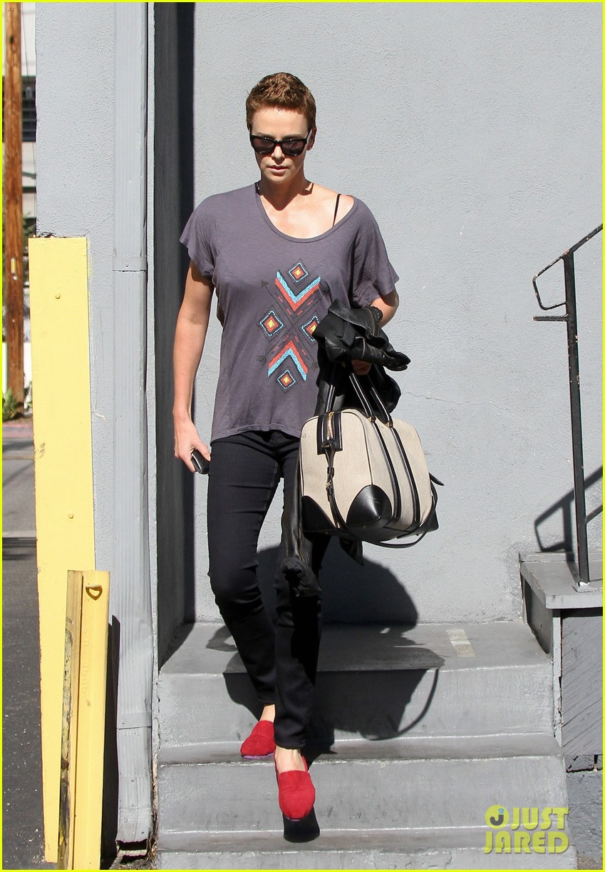 charlize theron fauxhawk hairstyle at the dance studio 042802096