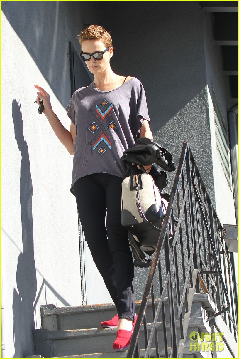 charlize theron fauxhawk hairstyle at the dance studio 112802103