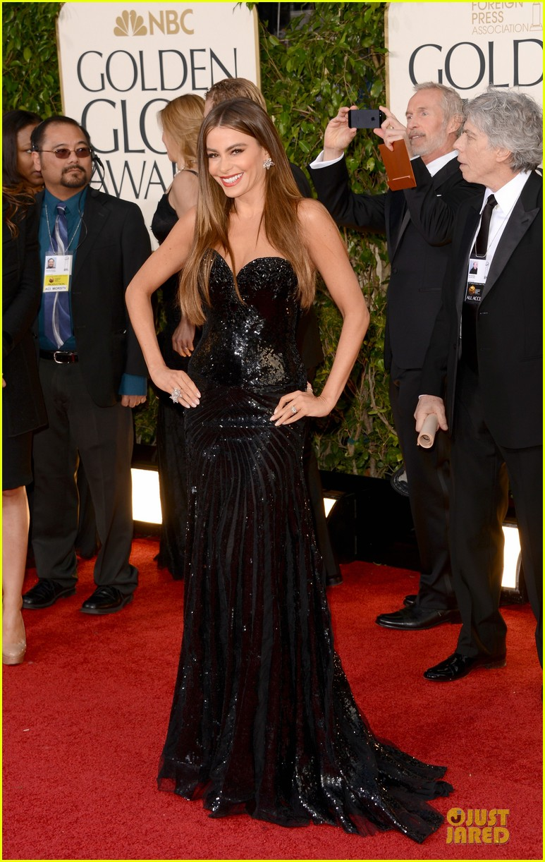sofia vergara golden globes 2013 red carpet 01