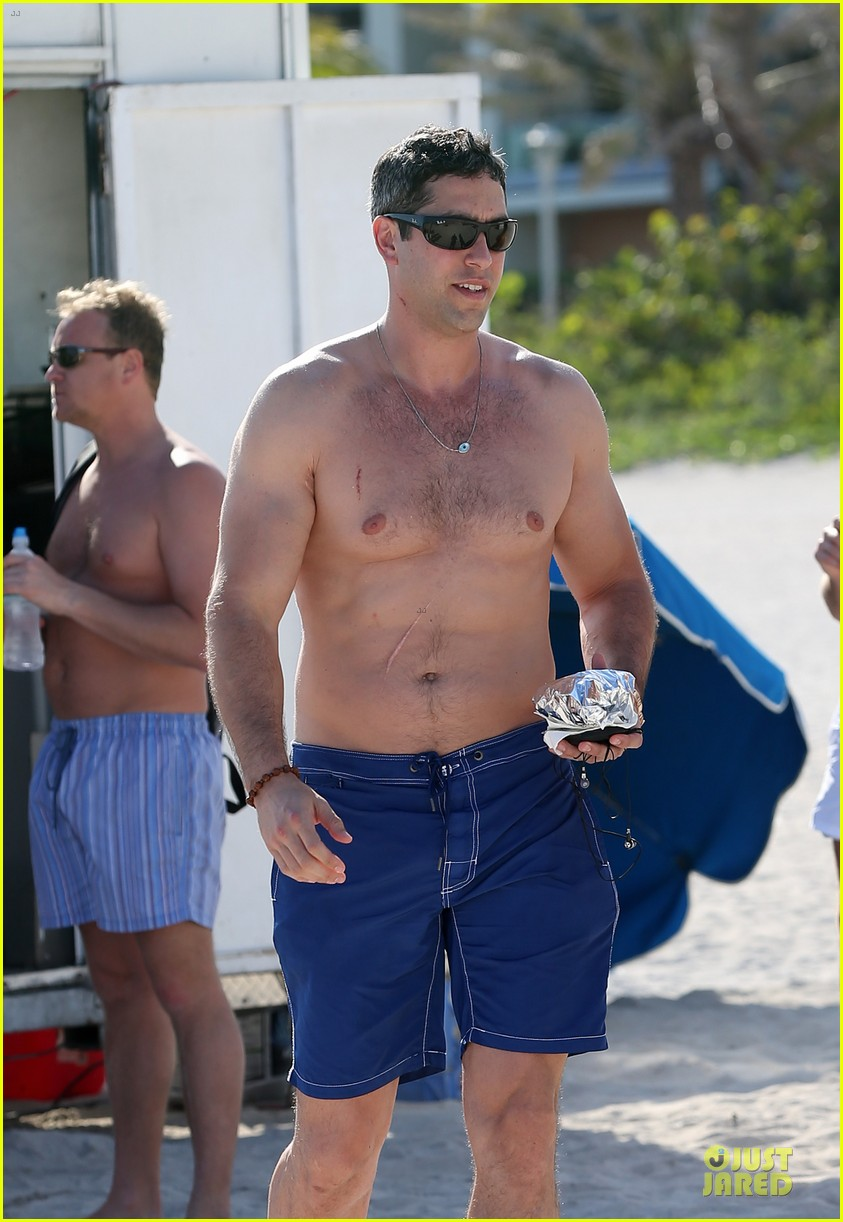 sofia vergara miami beach with shirtless nick loeb 04