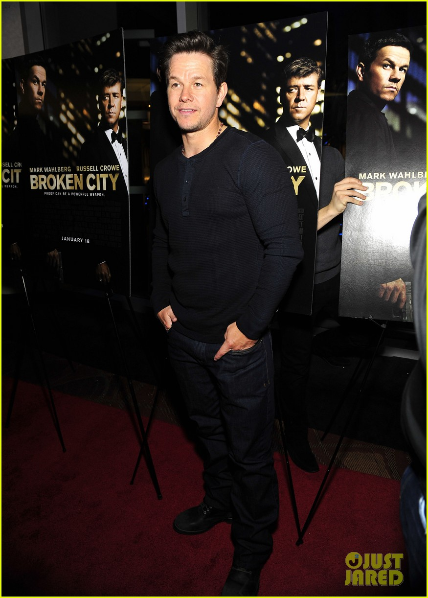 mark wahlberg broken city screening 10