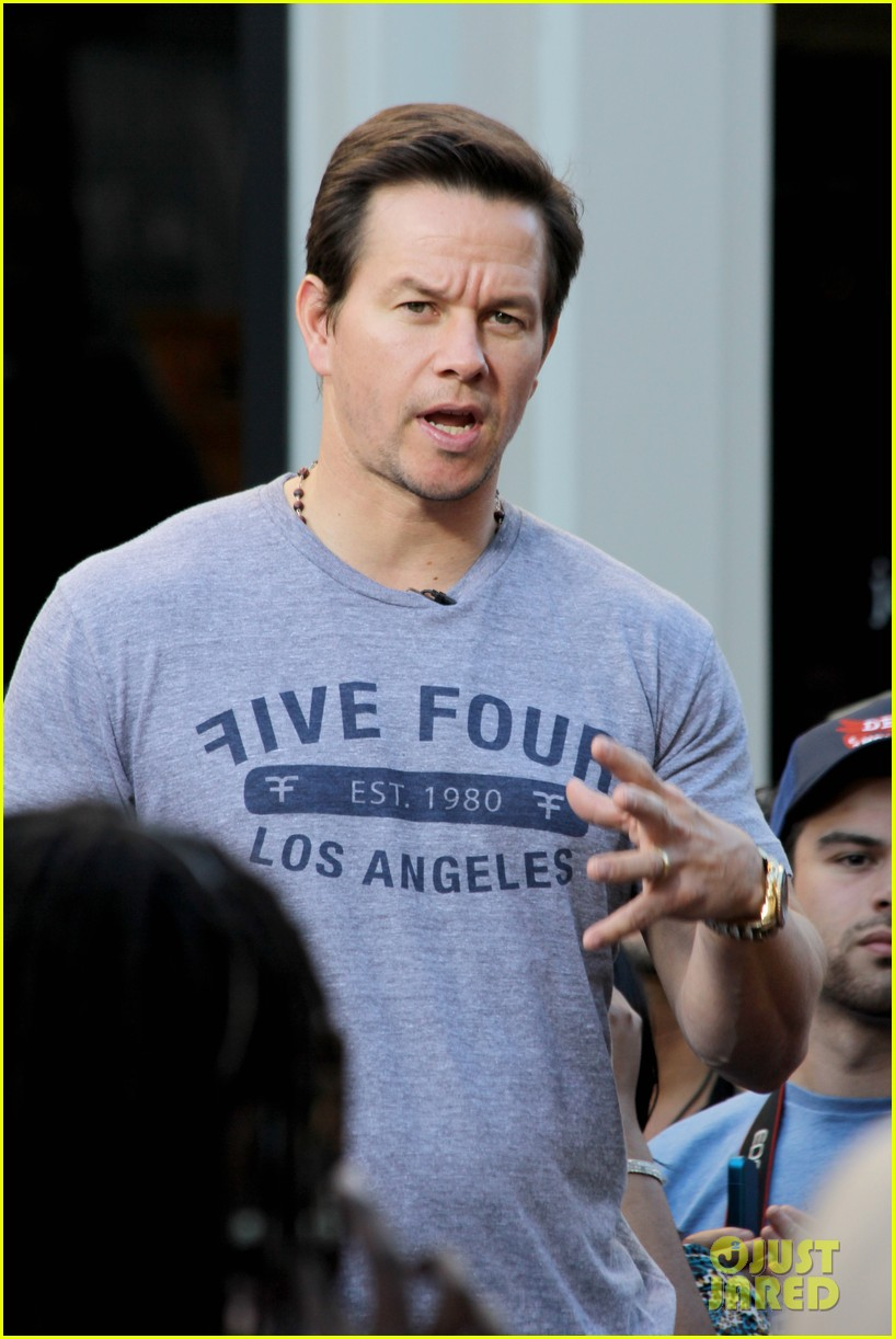 mark wahlberg ellen extra appearances 182793933