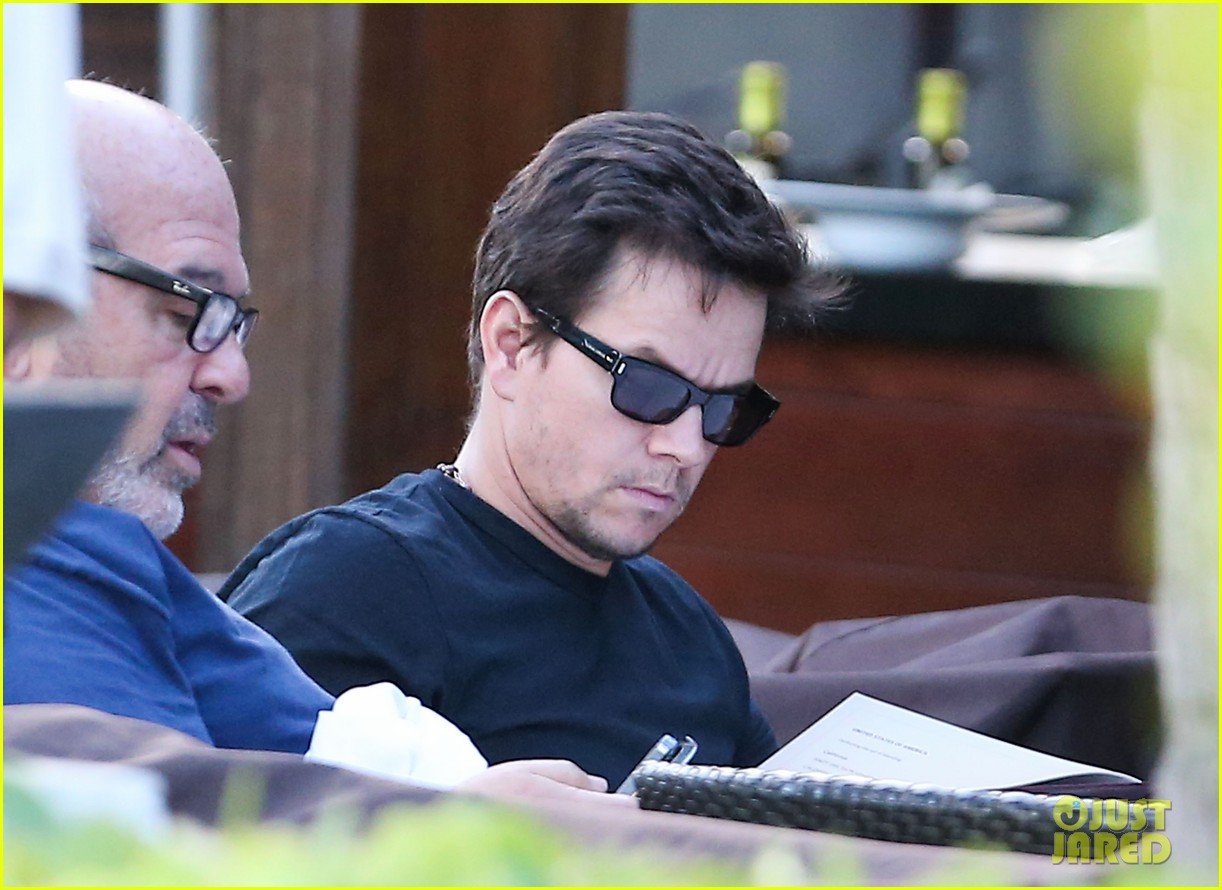 mark wahlberg new broken city twitter spot 19
