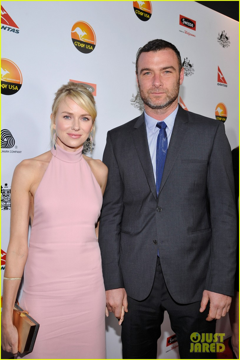 naomi watts liev schreiber gday usa gala 2013 03