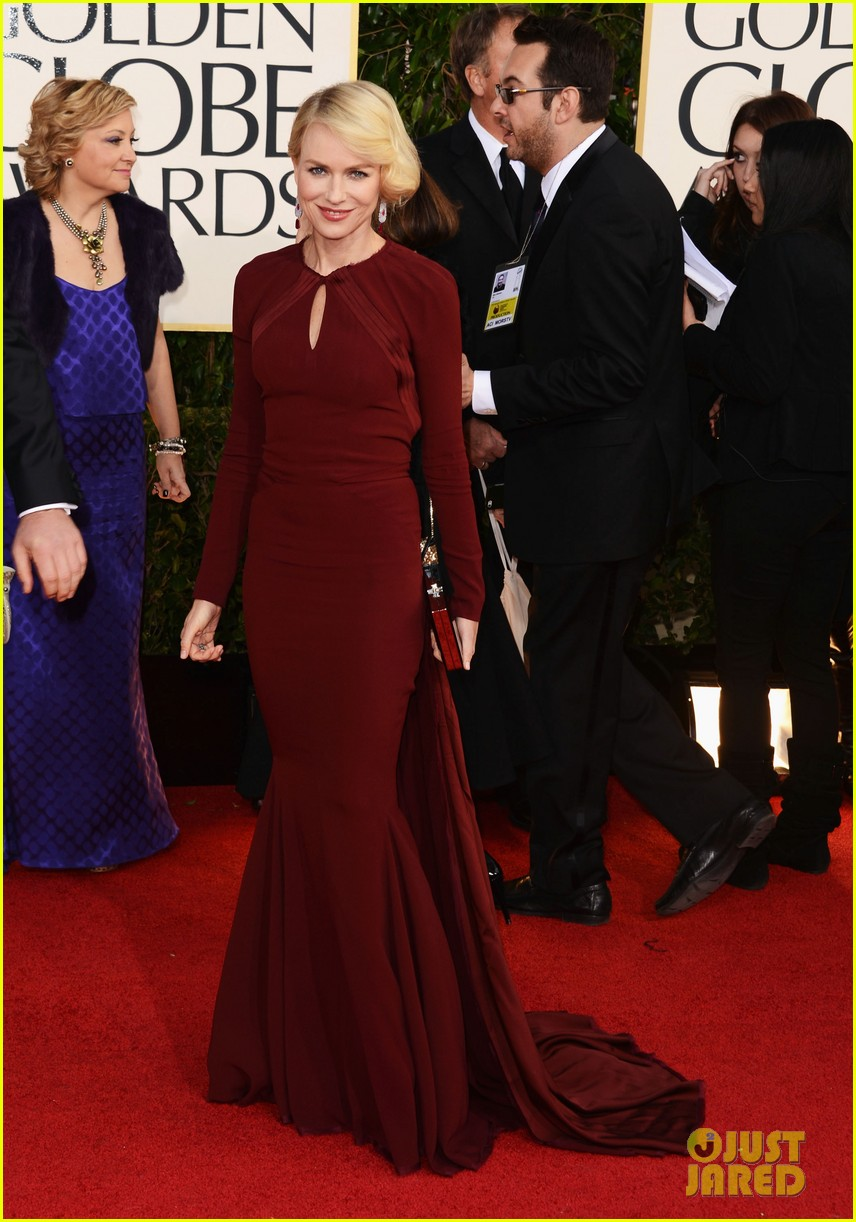 naomi watts liev schreiber golden globes 2013 red carpet 142791334