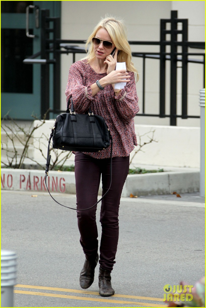 naomi watts i never get recognized on the street 10