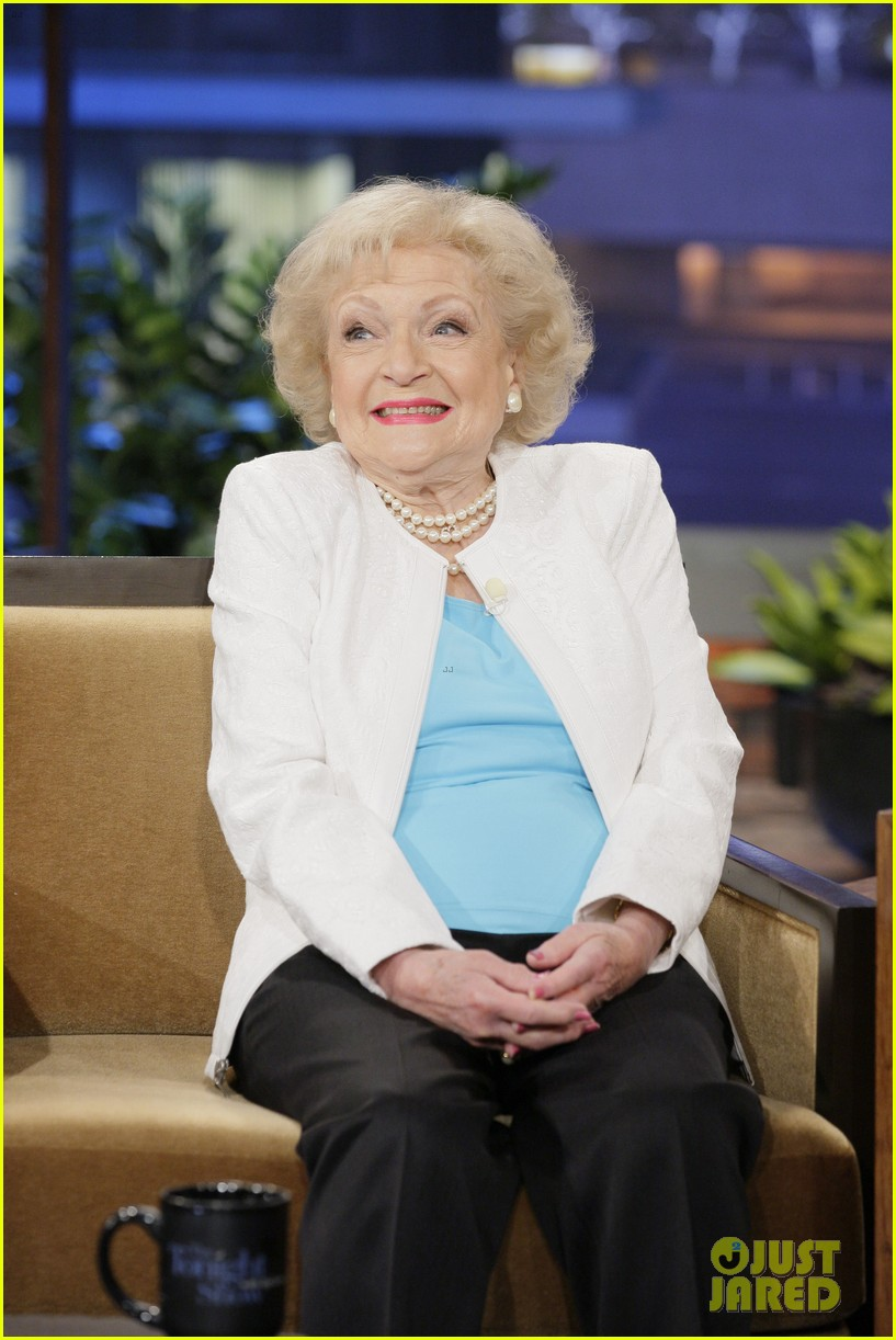 betty white tonight show with jay leno appearance 02