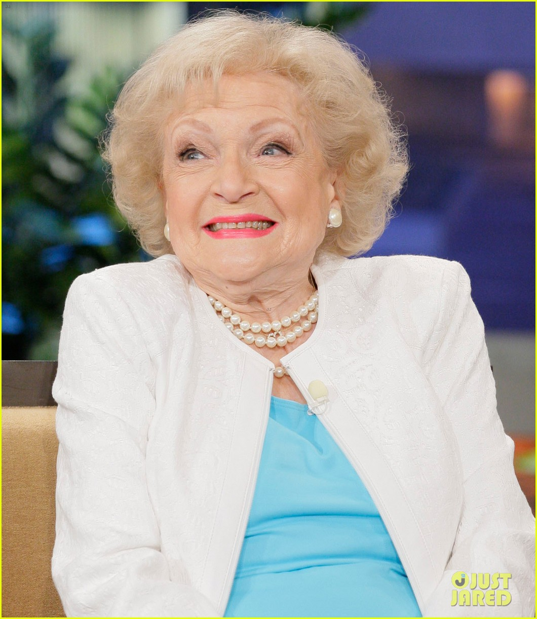 betty white tonight show with jay leno appearance 04