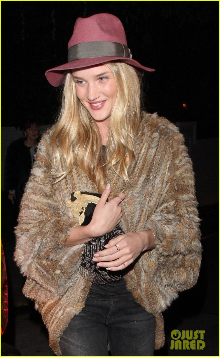 rosie huntington whiteley chateau marmont night out 02