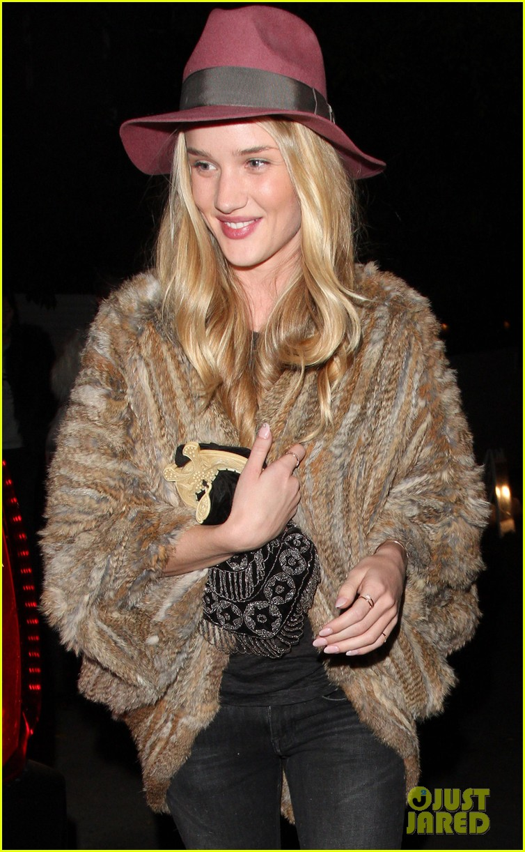 rosie huntington whiteley chateau marmont night out 07