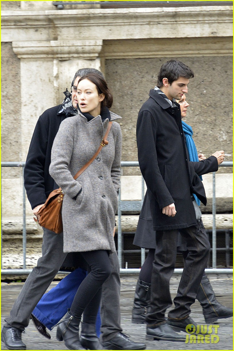 olivia wilde flashes engagement ring on third person set 05