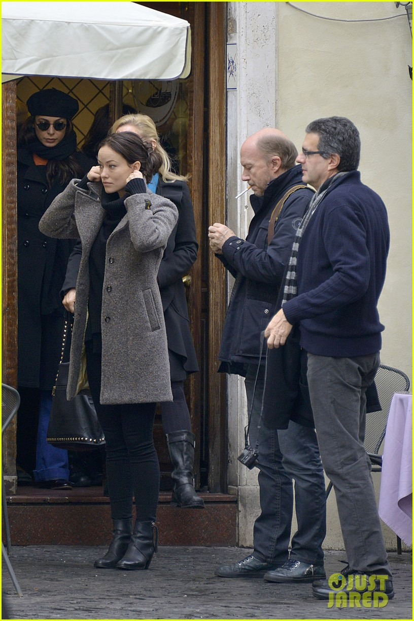 olivia wilde flashes engagement ring on third person set 12