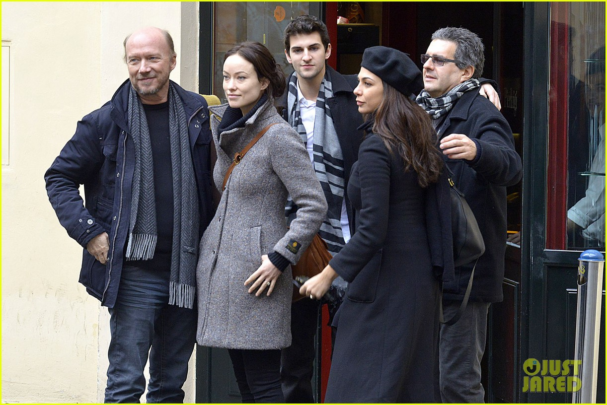 olivia wilde flashes engagement ring on third person set 26