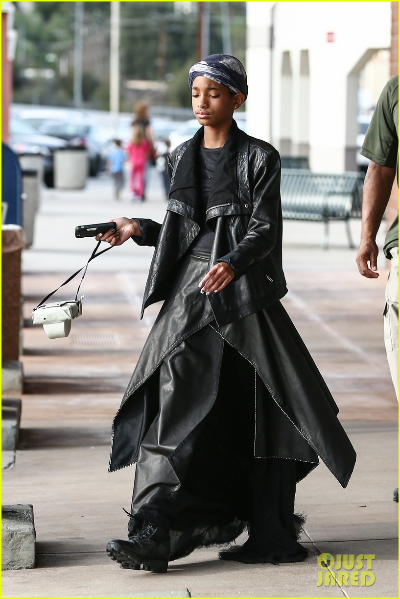 willow smith layers her leather 10