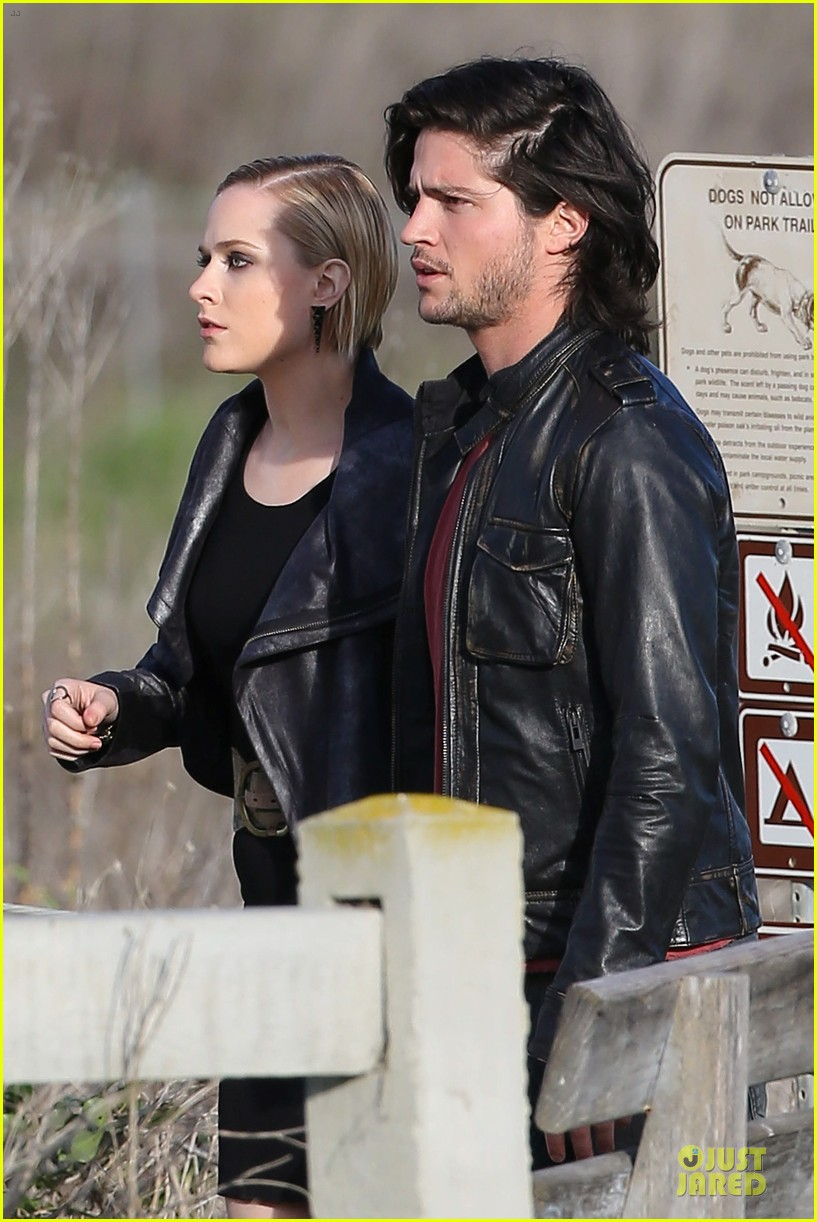 evan rachel wood doesnt like invasion of privacy associated with fame 26