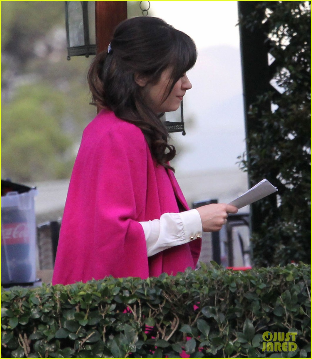 zooey deschanel new hello giggles is up running 11