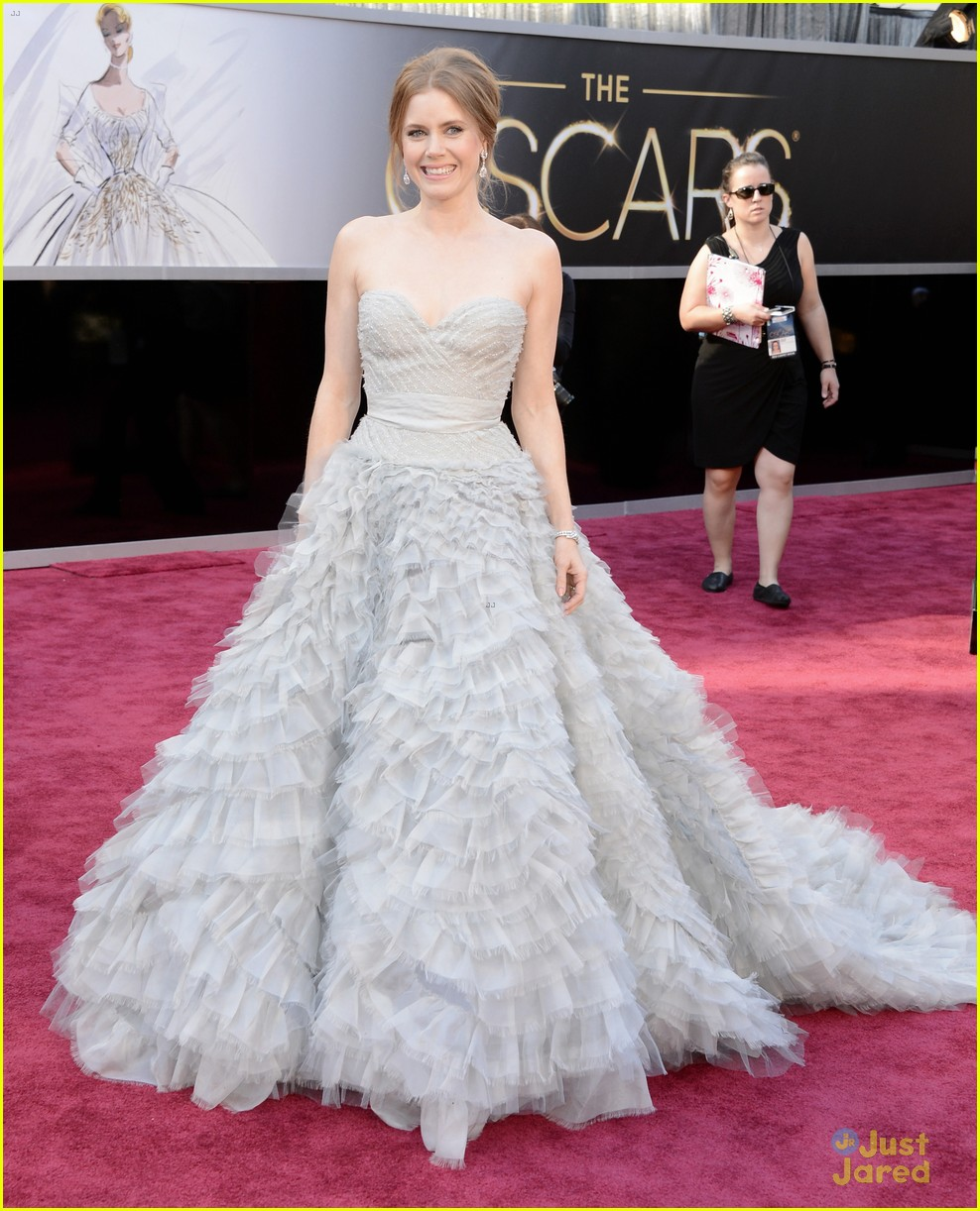amy adams darren le gallo oscars 2013 red carpet 01
