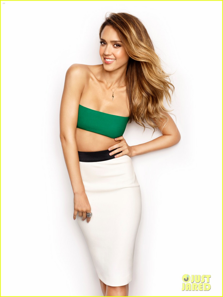 jessica alba covers womens health march 2013 01