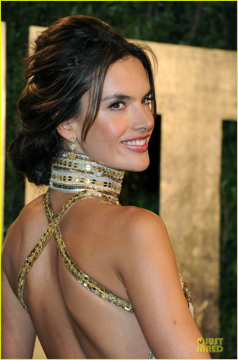 alessandra ambrosio vanity fair oscars party 2013 04