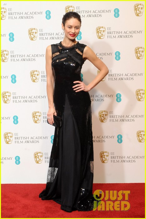 gemma arterton olga kurylenko baftas 2013 red carpet 03