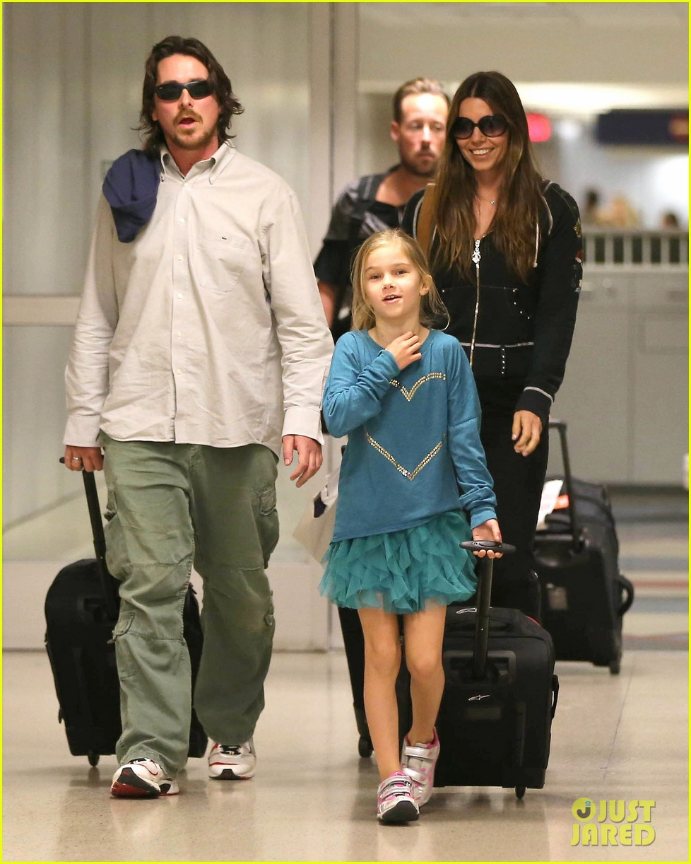 christian bale post birthday family flight 07
