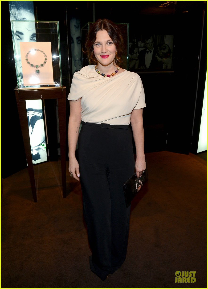 drew barrymore julianne moore elizabeth taylor bvlgari collection event 01