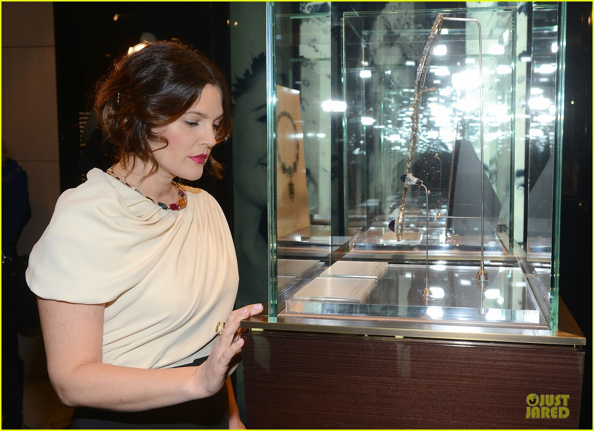 drew barrymore julianne moore elizabeth taylor bvlgari collection event 08