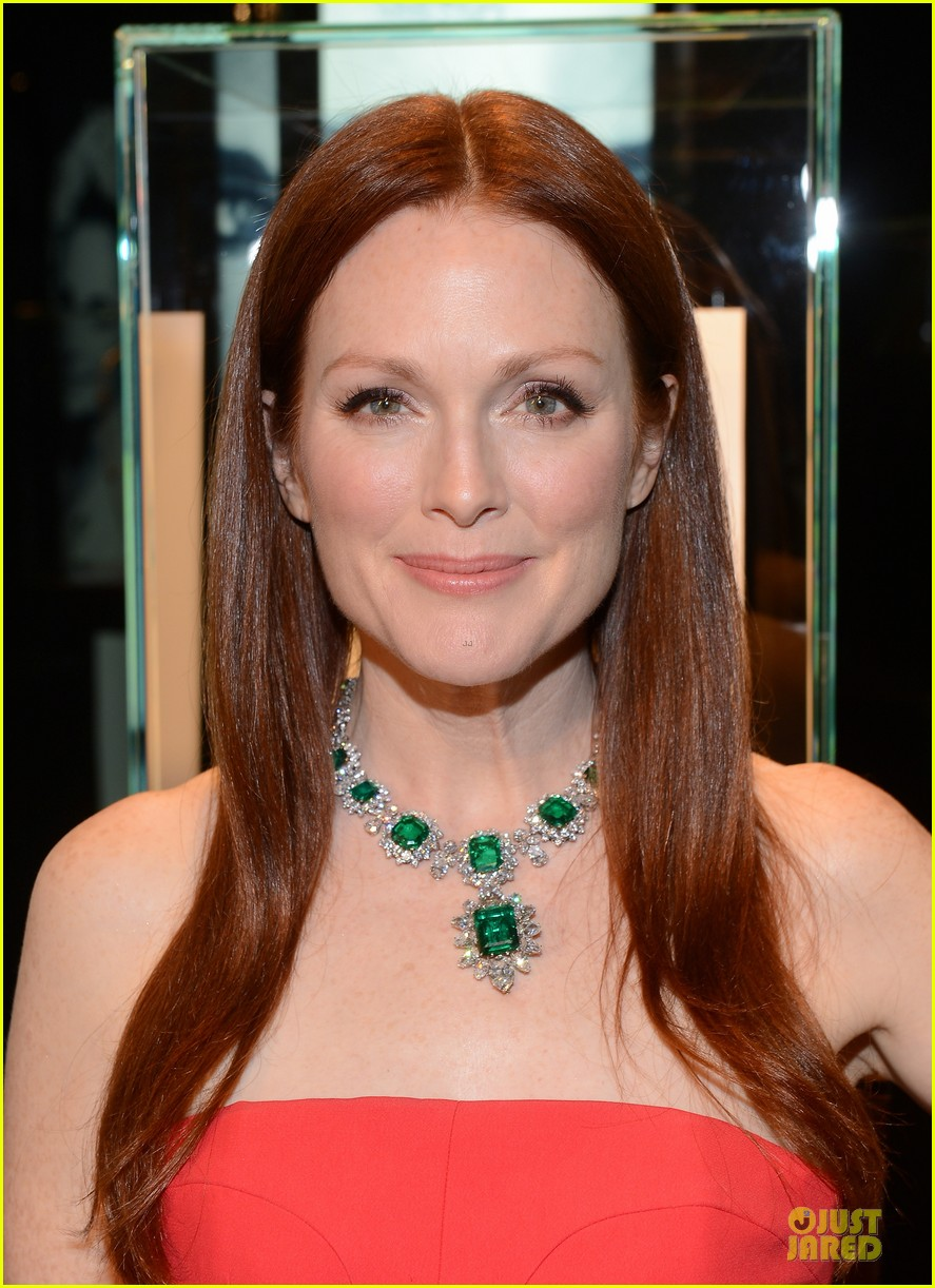 drew barrymore julianne moore elizabeth taylor bvlgari collection event 12