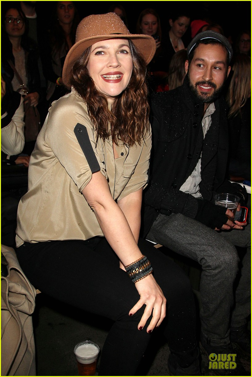 drew barrymore rag bone fashion show 15