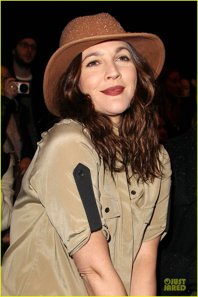 drew barrymore rag bone fashion show 20