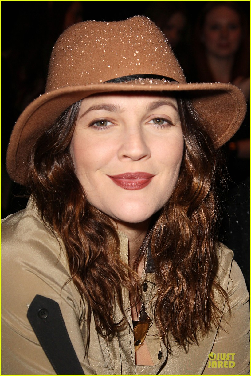 drew barrymore rag bone fashion show 22