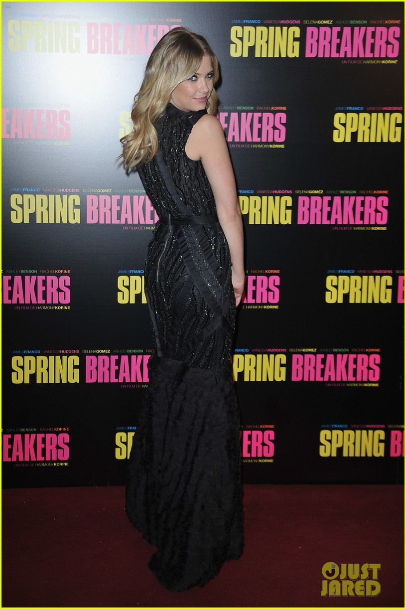 ashley benson rachel korine spring breakers paris premiere 01