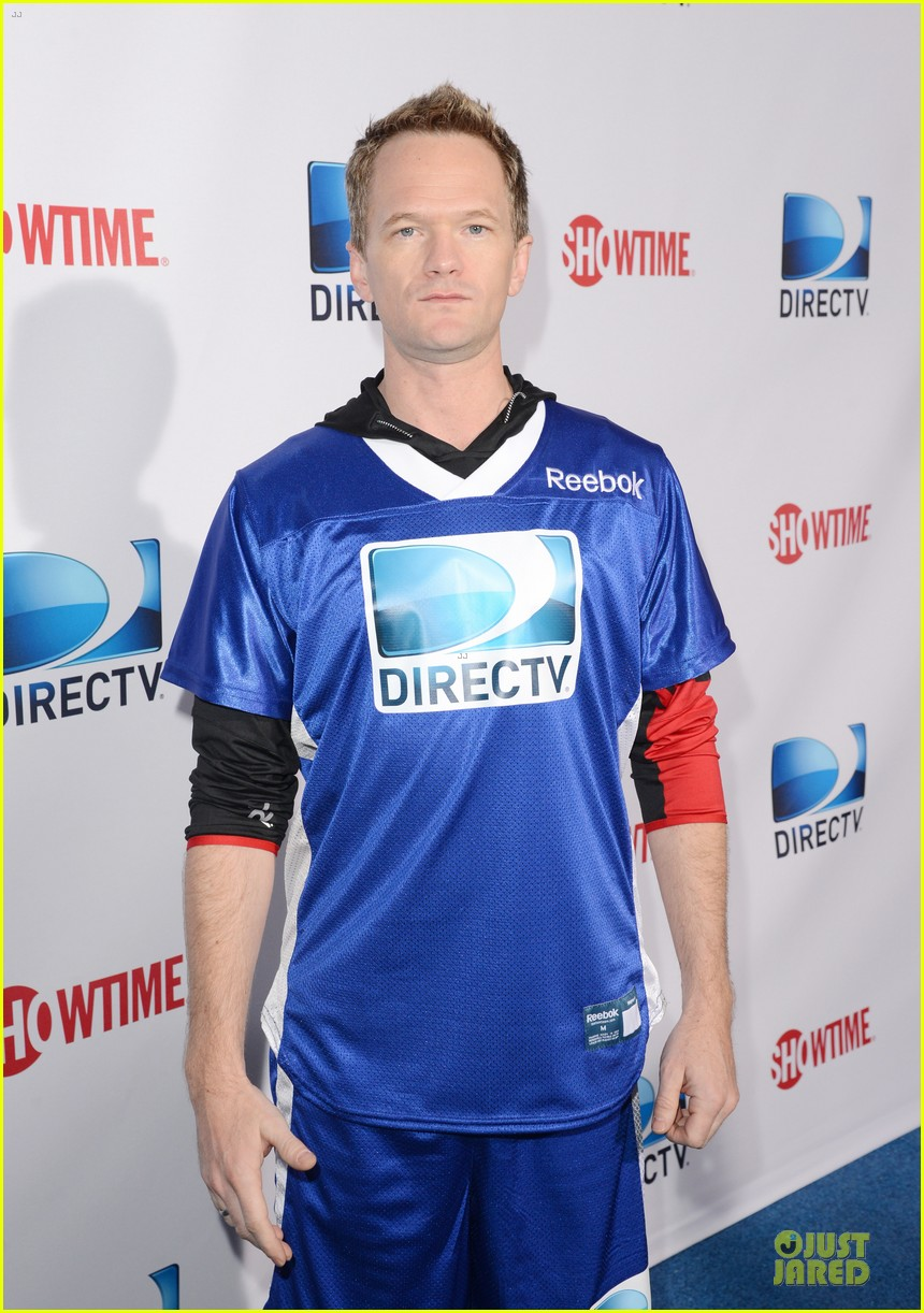 matt bomer ryan kwanten celebrity beach bowl party guys 03