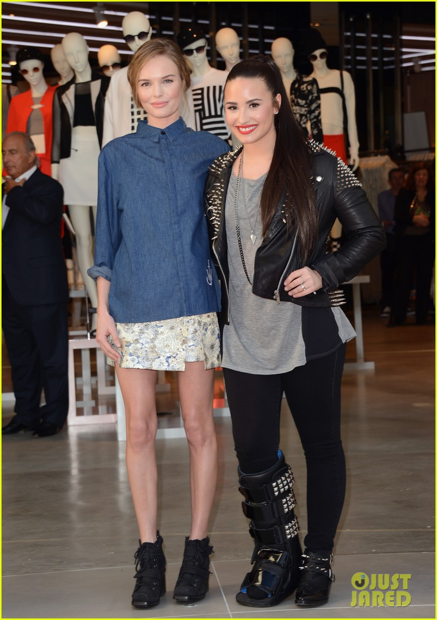 kate bosworth demi lovato topshop grand opening 16