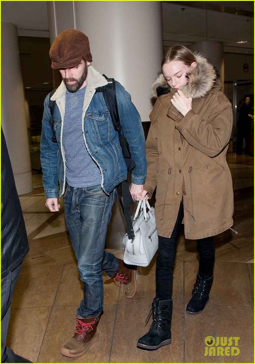 kate bosworth lax arrivial with michael polish 06