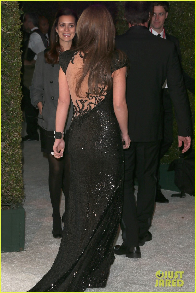 britney spears brown hair at elton john oscars party 2013 232820288