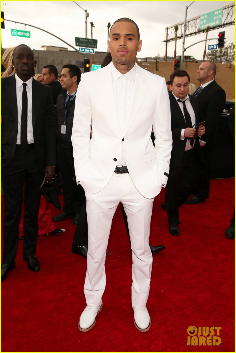 chris brown grammys 2013 red carpet 052809194