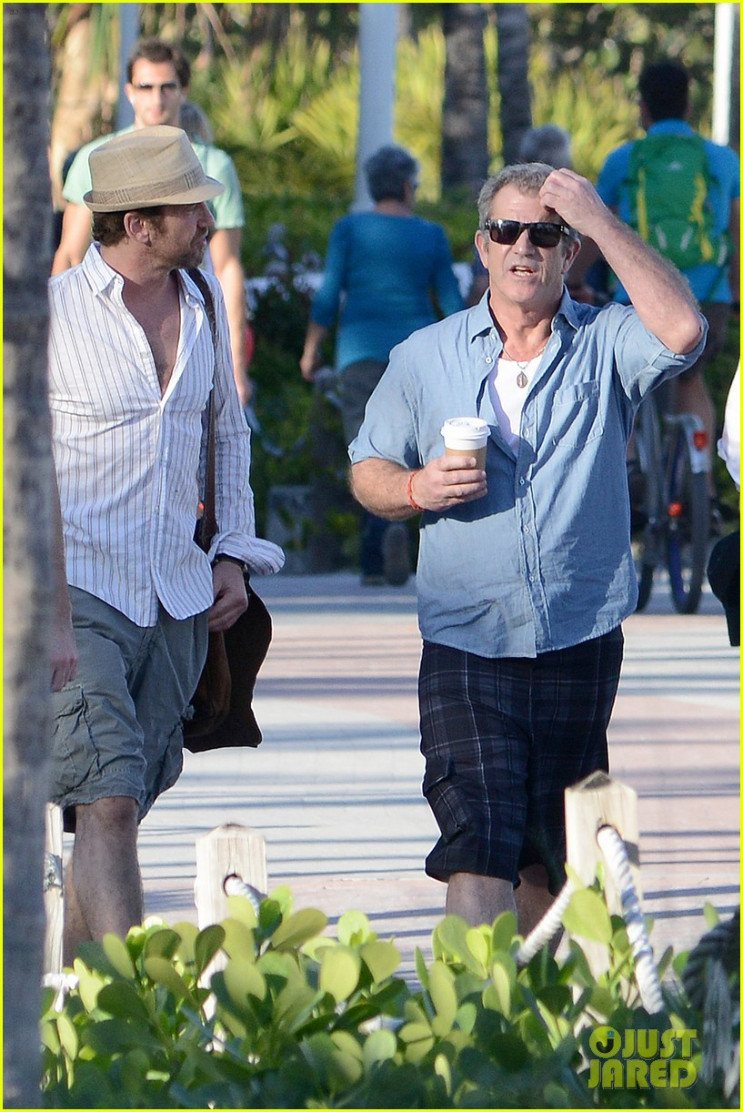 gerard butler mel gibson bromance continues 28