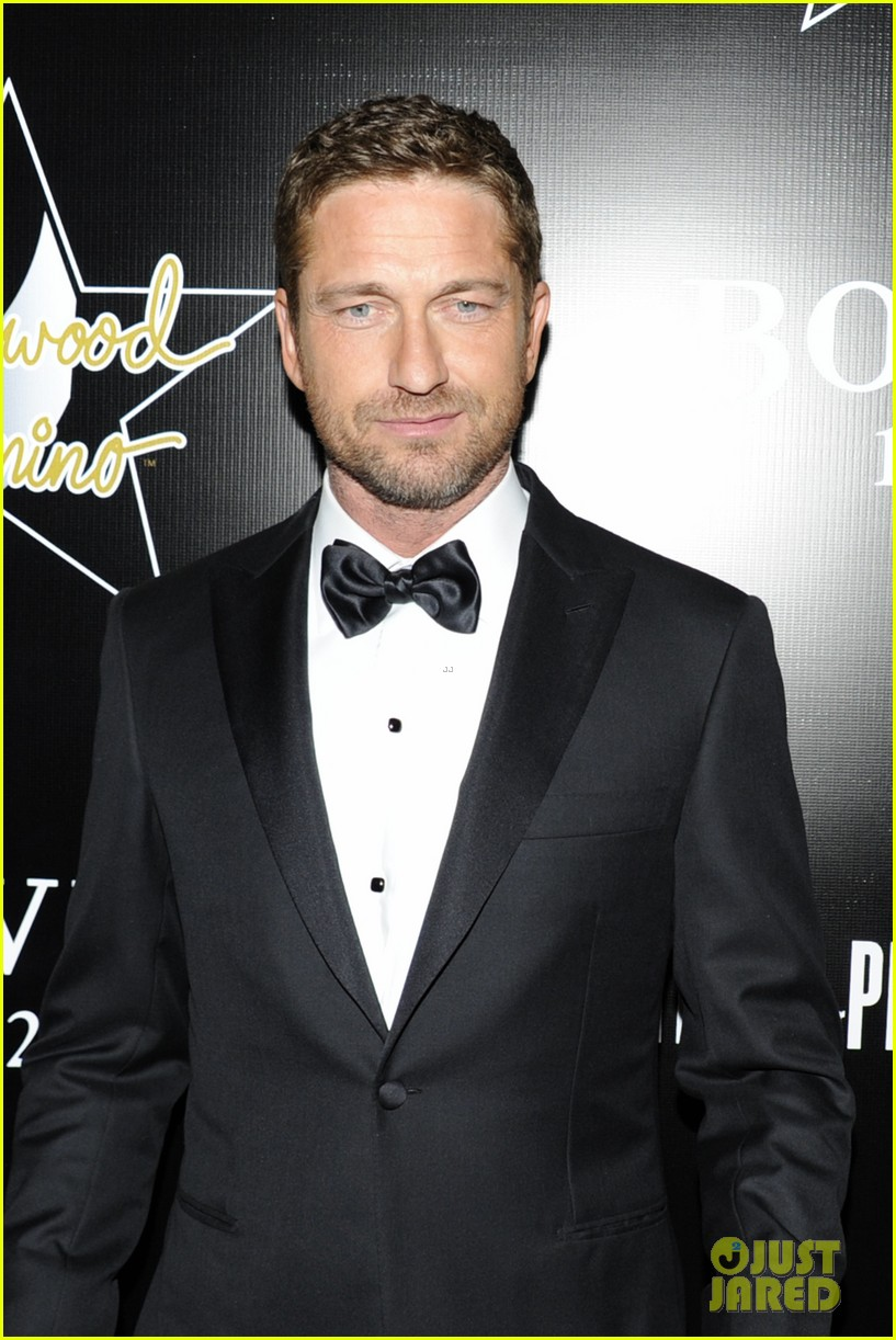 gerard butler hollywood domino pre oscar gala 23