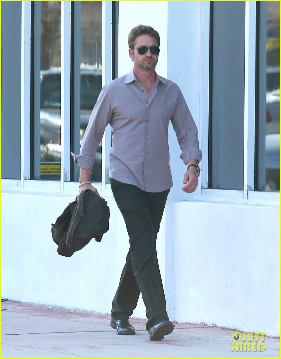 gerard butler good morning miami 07