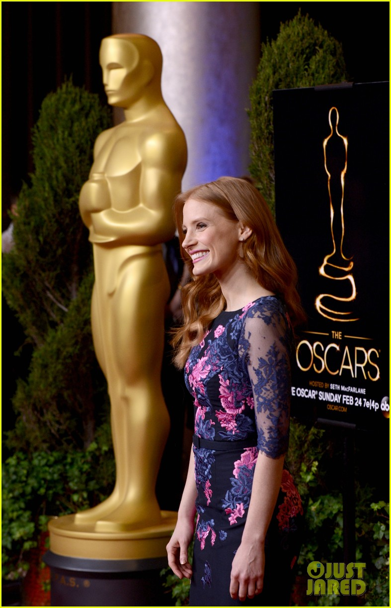 jessica chastain oscar nominees luncheon 2013 05
